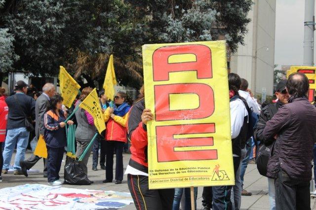 Secretaría continúa terca para resolver problemas de la educación pública